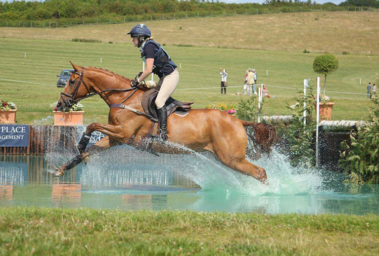 http://www.biddesdenstud.co.uk/wp-content/uploads/2013/06/annaliese-barburywater1.jpg